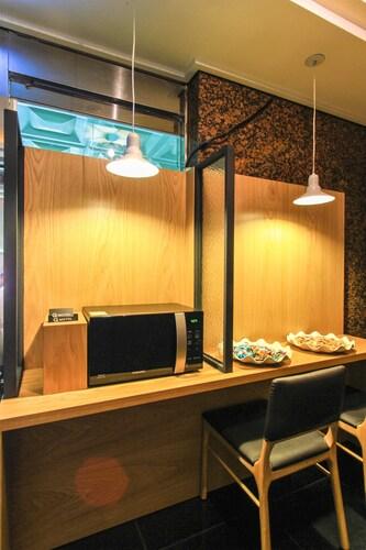 Busan Songdo Q Five Hotel, Saha