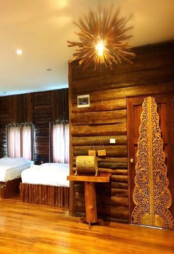 The Teak Resort @ Chiangdao, Chiang Dao