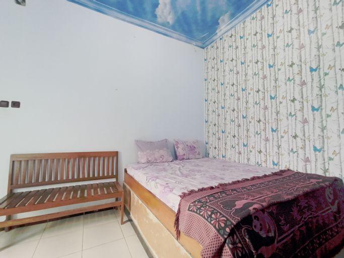 OYO 90093 Dw Hotel, Malang