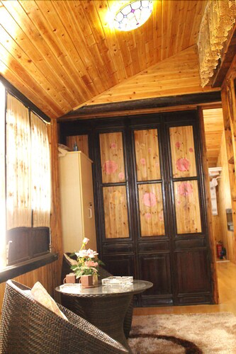 Suzhou Tongli Maotou House Inn, Suzhou