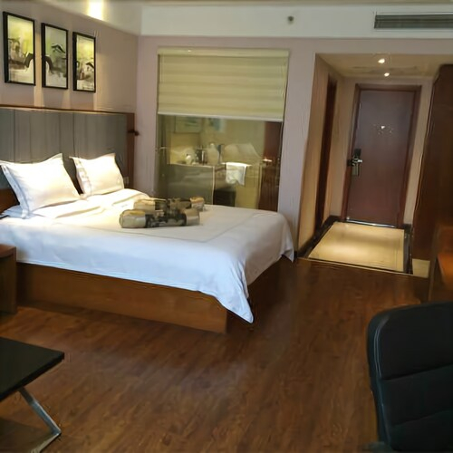 P And E Hotels, Wuxi