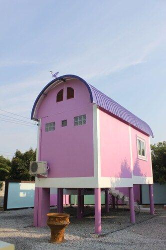 Bokies House, K. Kao Kichakut