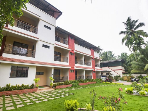 OYO 15553 Evergreen Holiday Home, Raigarh