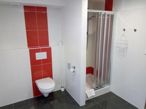 Hotel TJChodov, Praha 11