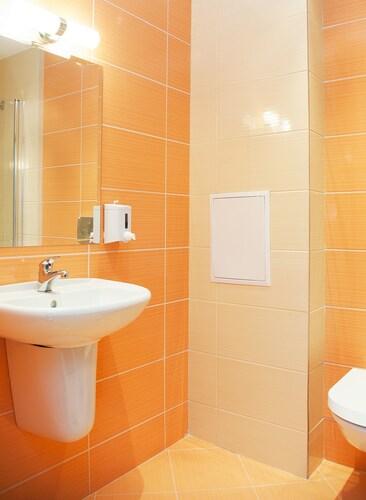 BLVD Apartments, Stolichna