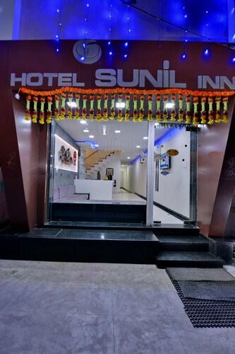 OYO 8022 Hotel Sunil Inn, Raipur