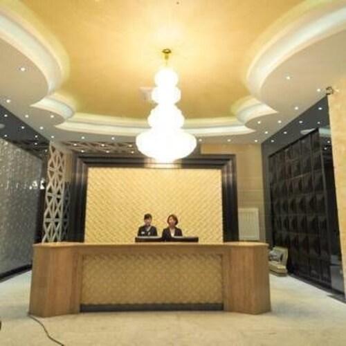 Yasheng Xihe Hotel, Honghe Hani and Yi