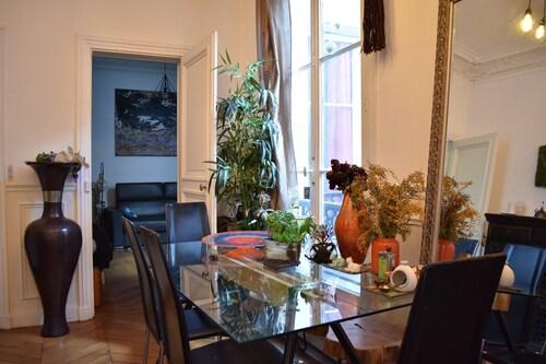 Charming 1 Bedroom Apartment in St Germain, Paris
