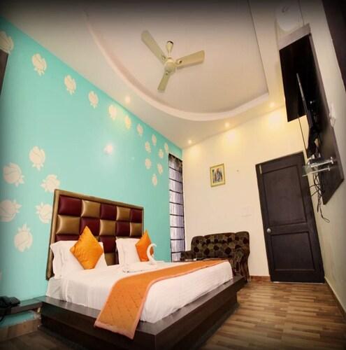 Hotel Sunrise Resort, Alwar