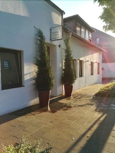 Royal Guest House II, Viersen