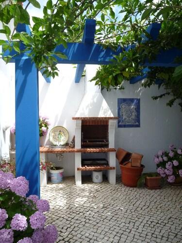 Casa Azul, Lourinhã