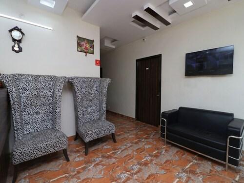 Capital O 12126 Hotel Royal Orbit, Alwar