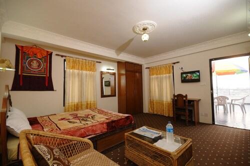 Hotel ManoHara, Bagmati