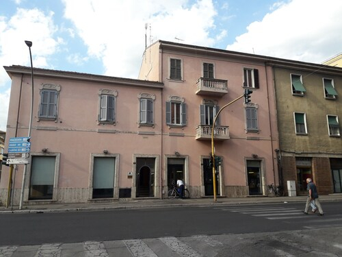 La Casa Rosa, Terni