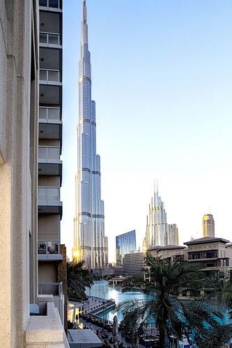City Nights Holiday Home-Villa Burj View,
