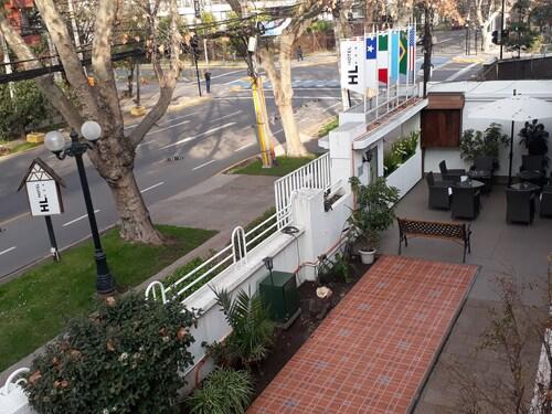 HL Hotel Low Cost, Santiago