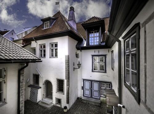 Kuninga Apartments, Tallinn