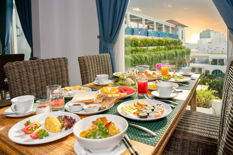 Risemount Premier Resort Danang, Ngũ Hành Sơn