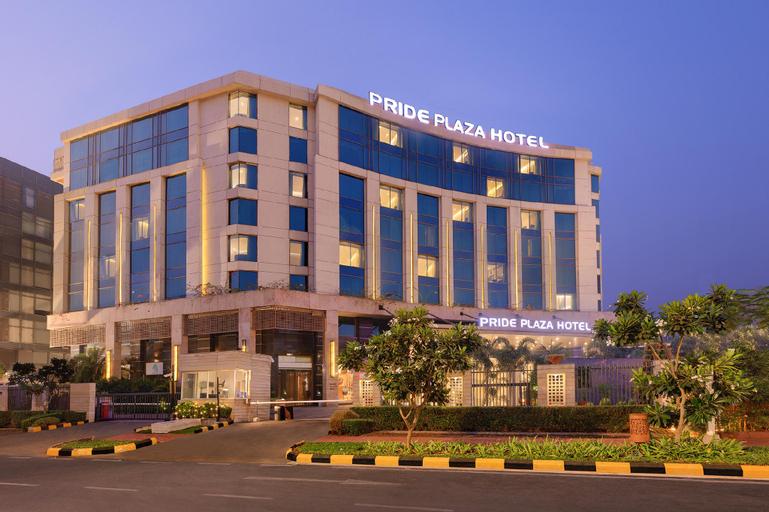 Pride Plaza Hotel Aerocity Delhi, West
