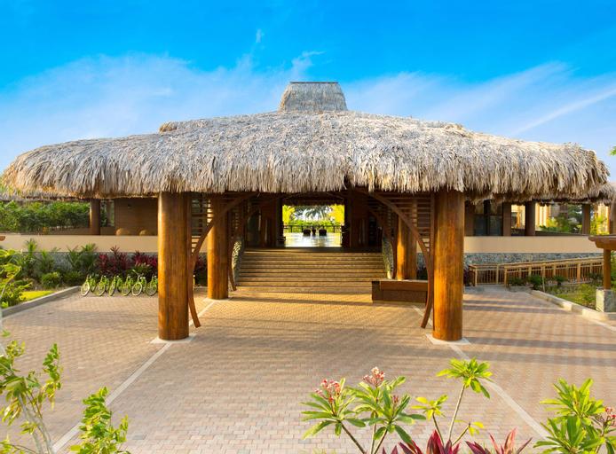 Indura Beach & Golf Resort Curio Collection By Hilton, Tela