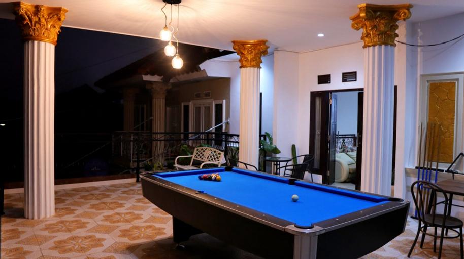 Exclusive Villa Heinbill 2 Estate 5 Bedroom, Malang
