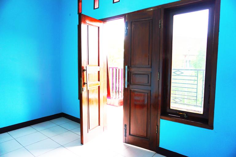 HOME SWEET HOME ( FULL 1 RUMAH 9 KAMAR ), Semarang