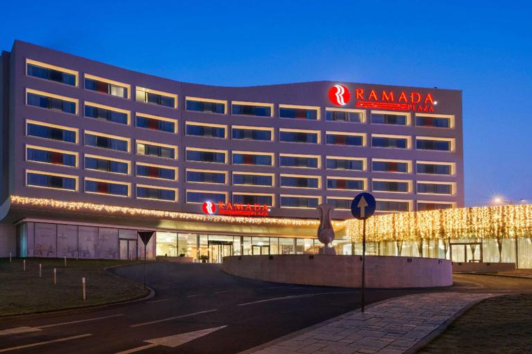 Ramada Plaza by Wyndham Craiova, Craiova