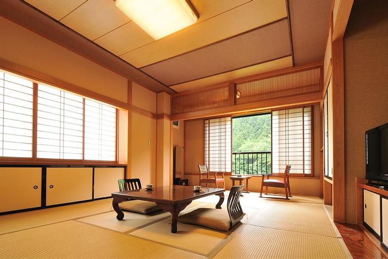Tokiwasure-no-Yado Yoshimoto, Nakanojō