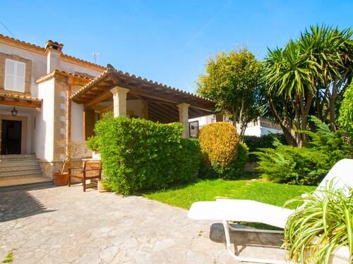 Villa Camila para 7 junto a playa de Sant Pere, Baleares