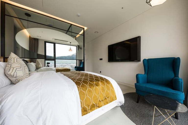 DOBONG HOTEL BAY 204, Uijeongbu