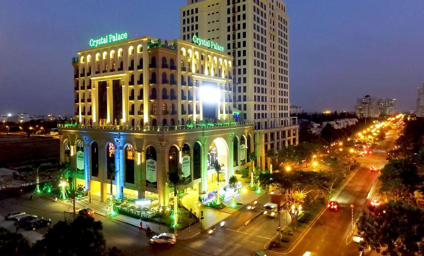MerPerle Crystal Palace Hotel, Quận 7