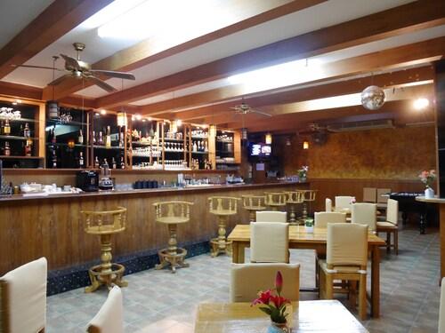 AB Paluso Retreat@Lake Mabprachan Pattaya, Bang Lamung