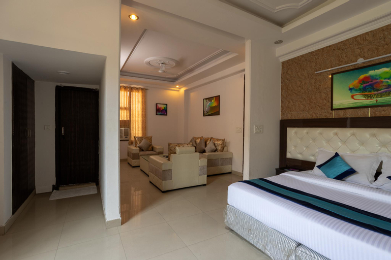Mint City Center Suites, Gautam Buddha Nagar