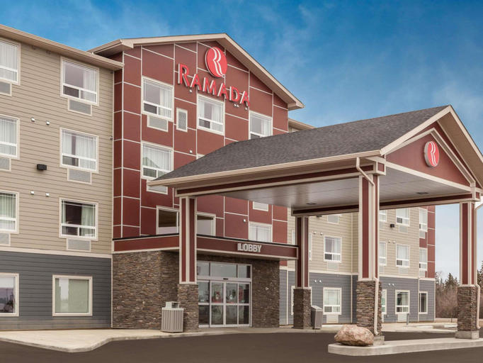Ramada by Wyndham Grassland (Pet-friendly), Division No. 13