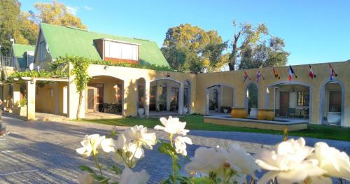 17 on Bird Guest House, Central Karoo