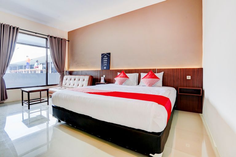Capital O 2242 Hotel Rahayu, Cirebon