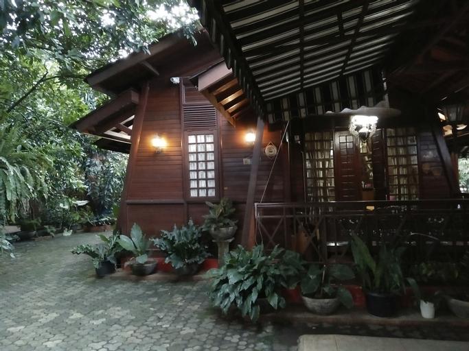 Rumah Kayu Huize Van Mink, Bekasi