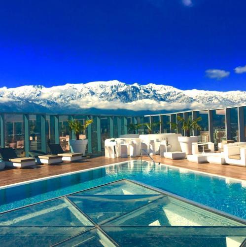Icon Hotel, Cordillera