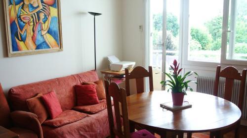Quiet 1 Bedroom Flat Next to Montparnasse, Paris