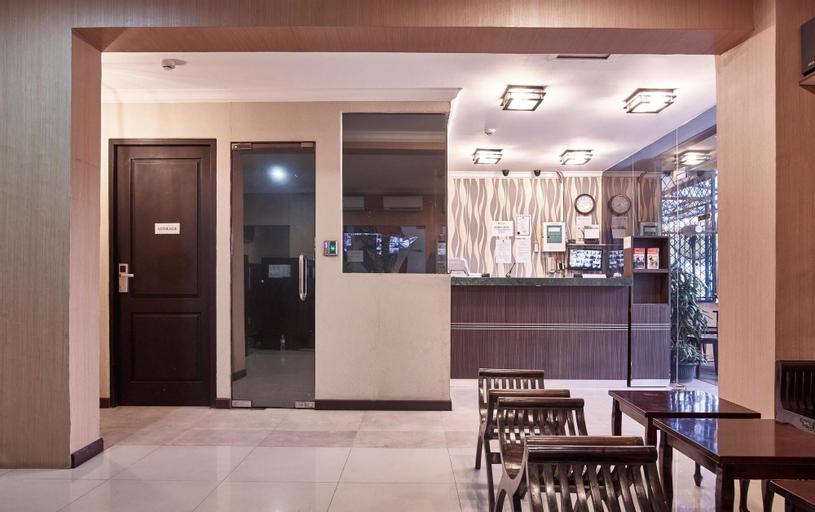 TWINS HOTEL MANGGADUA, West Jakarta