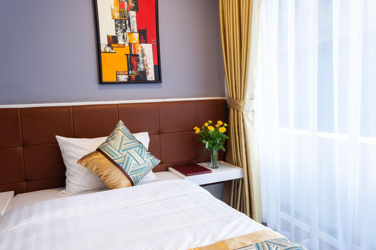 Lucky Hotel - 69 Tran Duy Hung, Cầu Giấy