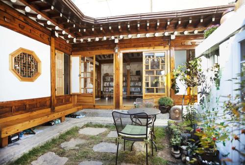 Vine Hanok Guesthouse, Seongbuk