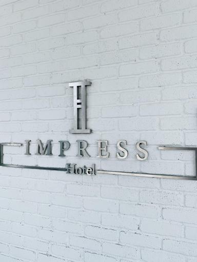 Hotel Impress, Klang