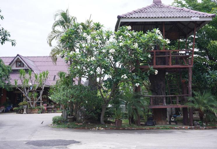 Panichat Resort, Muang Lampang