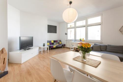 Helle Wohnung in TOP-Lage, Hasselbachplatz - Altstadt, W-LAN, 4 Schlafplatze, Magdeburg