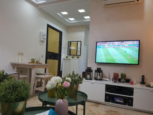 Beautiful Apartment Holiday with Terrace, Casablanca