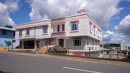 HOTEL EBENEZER, Orellana