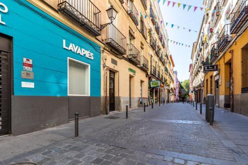EL RASTRO- cozy apartment in the center/free WI-FI, Madrid