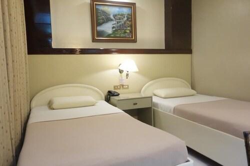 Hotel Canelsa, Tacloban City