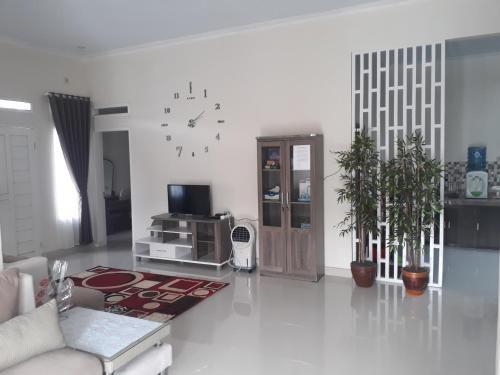 Indihiang Home Stay, Tasikmalaya